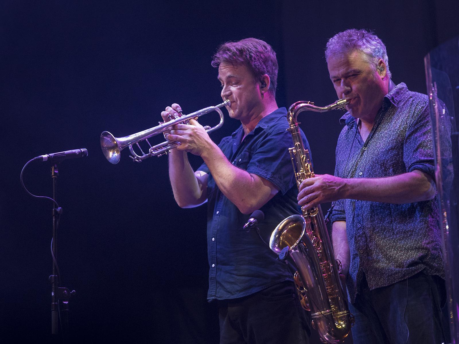 De Nieuwe Dijkhorns, Peter van Soest (trpt) & Roland Brunt (sax)